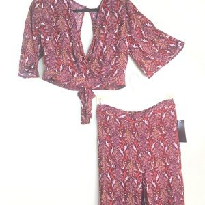 Two piece set with open top and pants